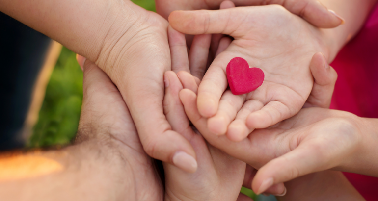 5 meaningful ways to give and receive love as a family